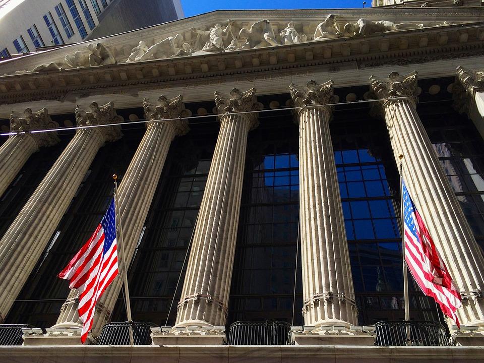 Как смена власти в Америке повлияет на гривну и основные мировые валюты