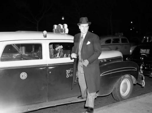 Джесси Ливермор возле машины