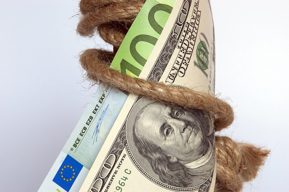Влияющие факторы на курс валют и что его определяет